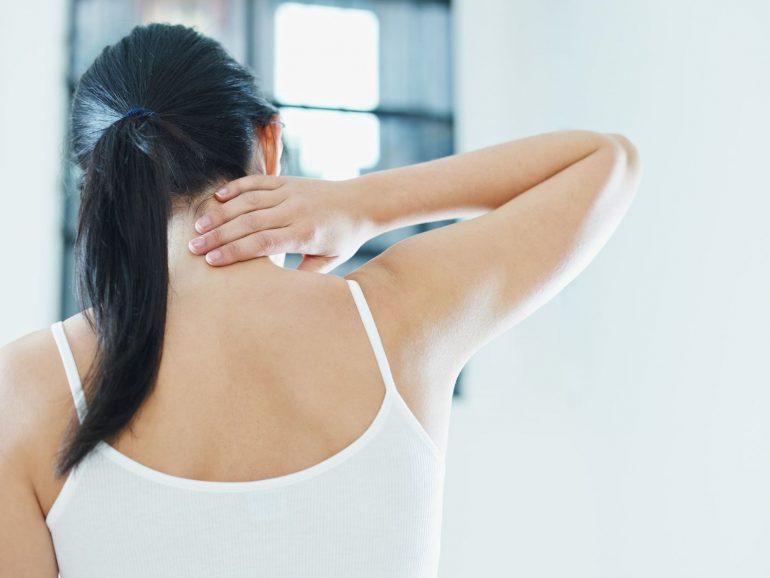 頭痛に伴う首の痛み|富谷市