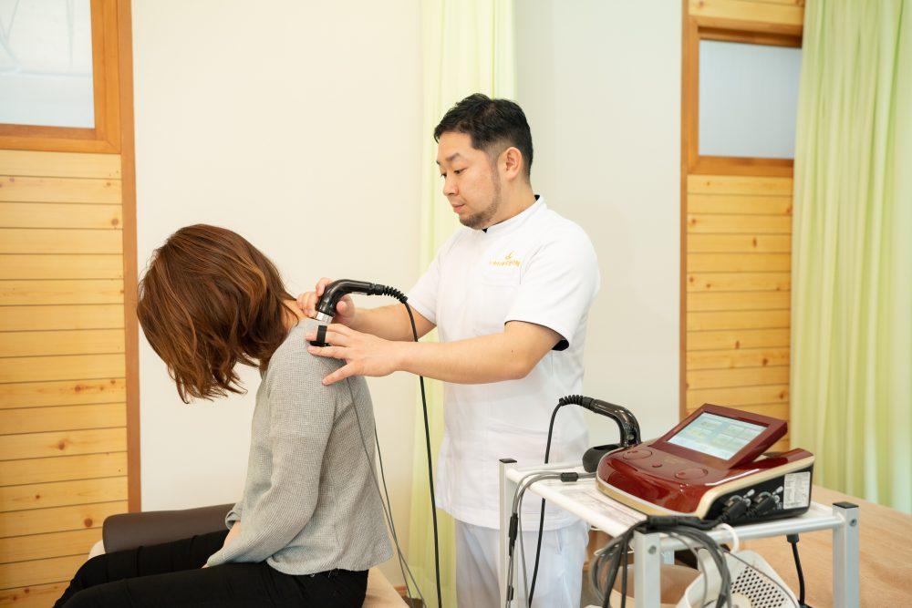 超音波+電気治療機器|富谷市いわもと鍼灸整骨院